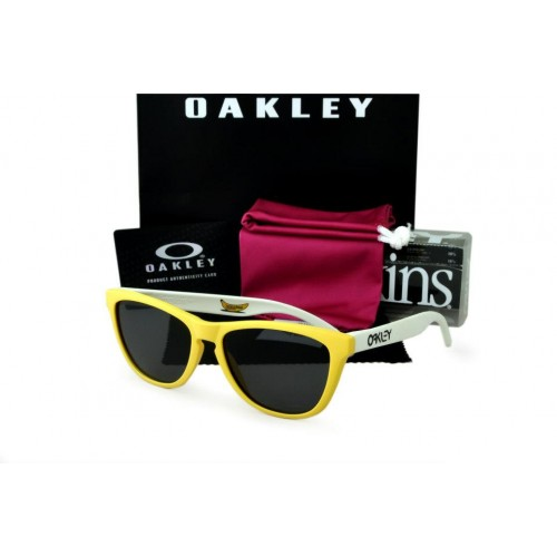 5d0111010d Oakley Frogskin Yellow-White Frame